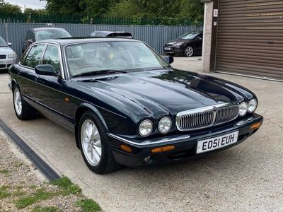 used Jaguar XJ PETROL AUTOMATIC SALOON 4 DOORS