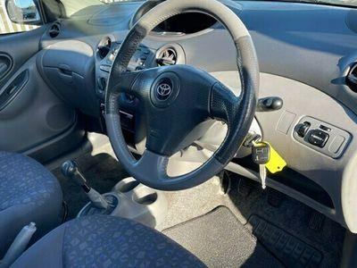 used Toyota Yaris 1.3 VVT-i 16v SR 3dr