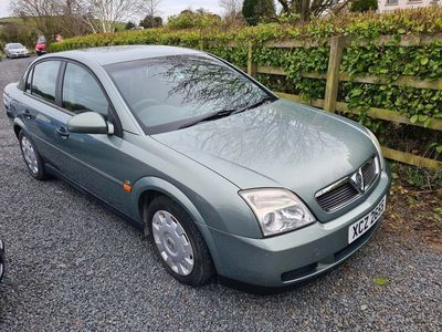 used Vauxhall Vectra 1.8 i 16v Club 4dr