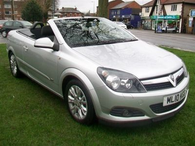 used Vauxhall Astra Cabriolet 1.6 TWIN TOP SPORT 3DR, 2010 ( )