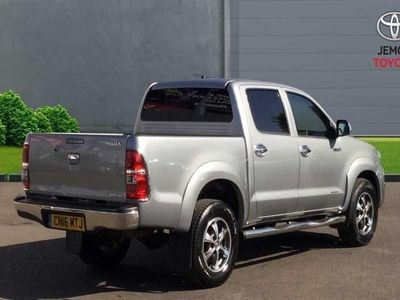 used Toyota HiLux 3.0D-4D Invincible X Navigation Crewcab Pickup 2016