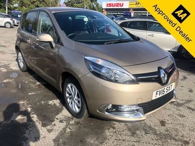 used Renault Scénic 1.5 DYNAMIQUE TOMTOM DCI EDC 5d AUTO 110 BHP IN METALLIC BEIGE WITH ONLY 32