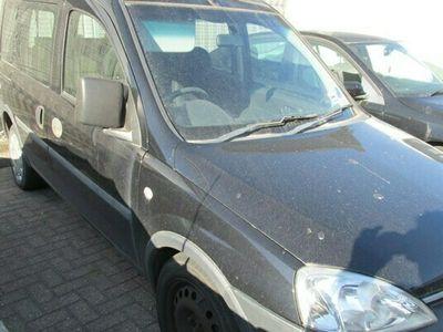used Vauxhall Combo Tour Estate 1.3 CDTi 16V 1700 5d Easytronic