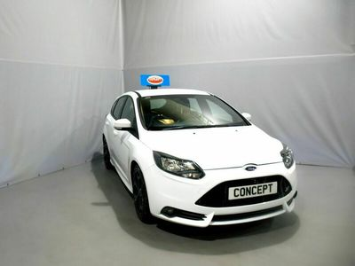 used Ford Focus 2.0 ST-2 5d 247 BHP