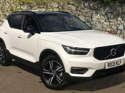 used Volvo XC40 B4 Mild Hybrid FWD (Petrol) R-Design Automati (Sat Nav, Climate Pack, Driver Assist, Power Driver Seat w/Memory) 2.0 5dr