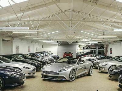 used Aston Martin Vanquish 5.9 V12 Carbon Volante Touchtronic III 2dr