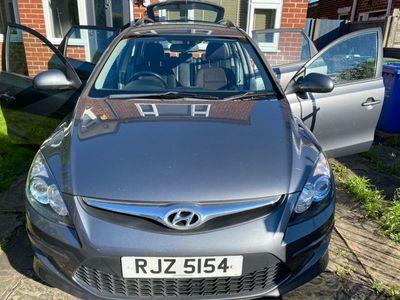 used Hyundai i30 1.6 CRDi Premium 5dr