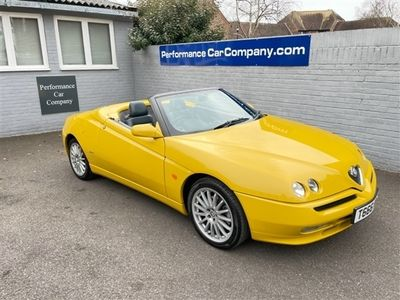 used Alfa Romeo Spider 2.0 TS LUSSO 16V Stunning Useable Classic Alfa in Rare Metallic Zoe Yellow