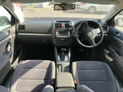 used VW Jetta 2.0 TDI SE DSG 4dr