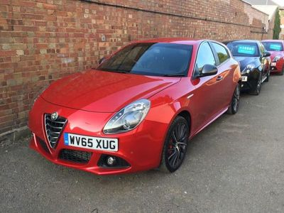 used Alfa Romeo Giulietta 2.0 JTDM-2 QV LINE 5d 150 BHP 8C RED..BOSE SOUNDS.WINTER PACK