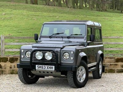 used Land Rover Defender 90 2.2 TD DPF XS Station Wagon 3dr