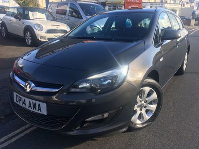 used Vauxhall Astra 1.6 CDTi ecoFLEX Design Sport Tourer (s/s) 5dr