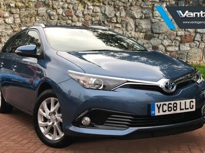 used Toyota Auris Hybrid 1.8 VVT-i HSD Icon Tech Touring Sport