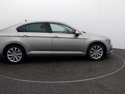 used VW Passat SE BUSINESS TDI BLUEMOTION TECHNOLOGY Saloon 2017