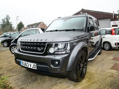 used Land Rover Discovery 3.0SD V6 (255bhp) HSE Luxury Station Wagon 5d 2993cc Auto