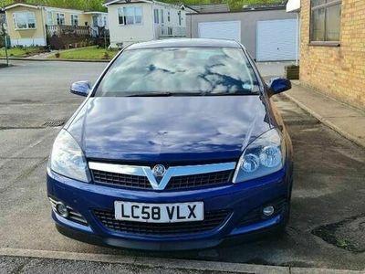used Vauxhall Astra 1.8 i 16v Design Sport Hatch 3dr