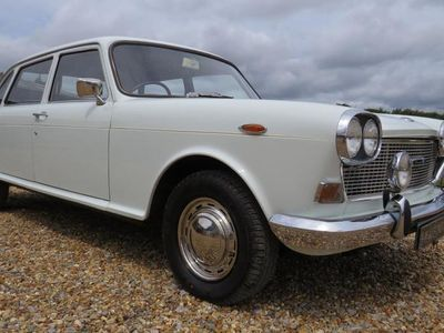 used Austin 3-Litre automatic, 1970 (b)