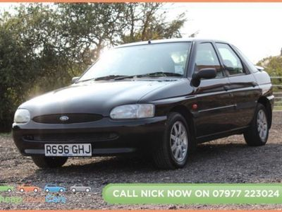 used Ford Escort 1.6 FINESSE 16V 5d 89 BHP 5-Door