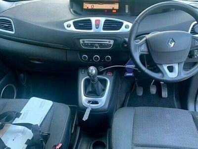 used Renault Scénic Estate 1.5 dCi Dynamique 5d