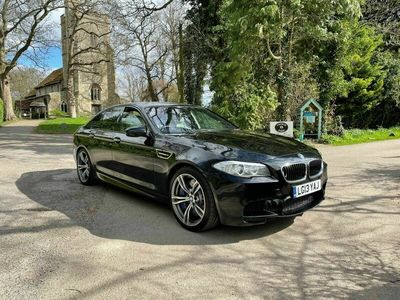 used BMW M5 4.4 V8 M DCT 4dr