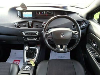used Renault Grand Scénic Estate 1.6 dCi Dynamique Nav 5d