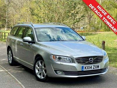 used Volvo V70 2.4 D5 SE LUX 5d 212 BHP