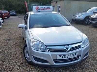 used Vauxhall Astra 1.8 i 16v Life 5dr Auto
