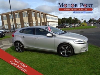 used Volvo V40 2.0 D3 R-Design Nav Plus (s/s) 5dr