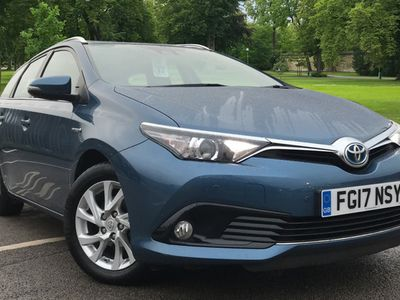 used Toyota Auris Hybrid1.8 VVT-iHSD BusEd Touring Sports 5-Dr