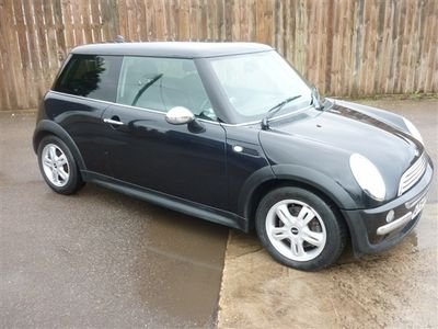 used Mini One D Hatch3-Door, 2004 ( )