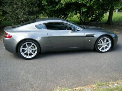 used Aston Martin V8 Vantage 4.3Coupe 2d 4300cc Sportshift