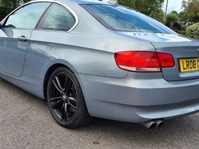 used BMW 330 3 Series i SE 2dr Auto