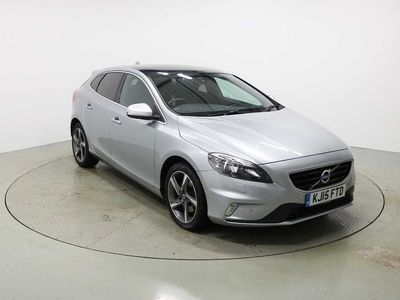 used Volvo V40 T3 R-Design Manual Nav (Sunroof, Power Seats, Parking Camera, Park Assist, Heated Seats, Heated Windscreen & Tinted Glass 2.0 5dr