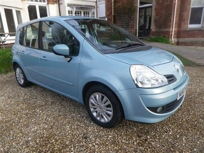 used Renault Grand Modus 1.5 dCi 86 Dynamique 5dr