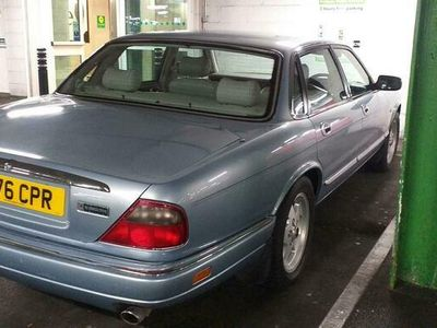used Jaguar XJ6 3.2 Executive 4dr Auto