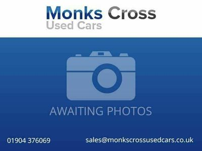used Volvo V60 2.4TD D5 SE Lux (215bhp) AWD Nav Geartronic