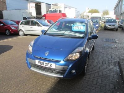 used Renault Clio 1.6 VVT Dynamique TomTom 5dr Auto