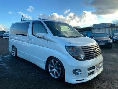 used Nissan Elgrand 5dr