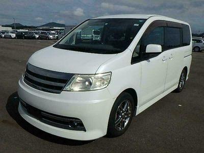 used Nissan Serena 2.0 petrol MPV