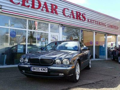 used Jaguar XJ8 red leather 0 miles service history