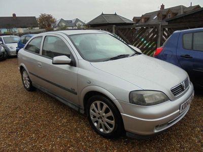 used Vauxhall Astra 1.6 i 16v SXi 3dr
