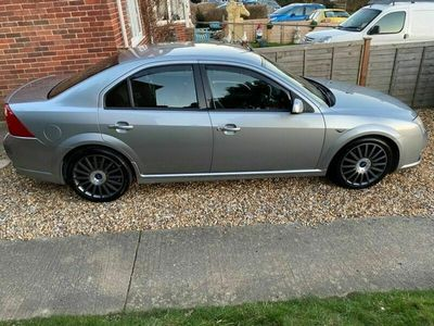used Ford Mondeo 3.0 ST-220 4dr