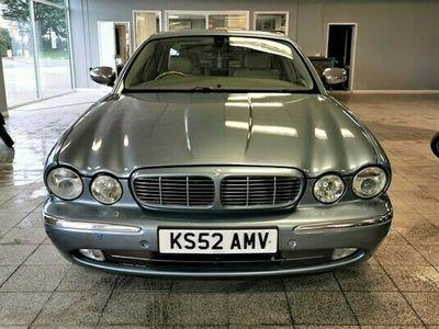 used Jaguar XJ Saloon 4.2 V8 SE 4d Auto