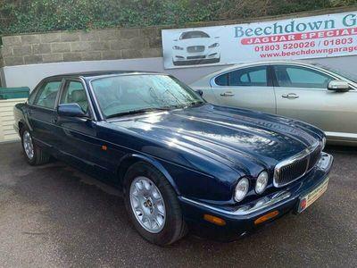 used Jaguar XJ Series 4.0 Sovereign LWB 4dr Auto