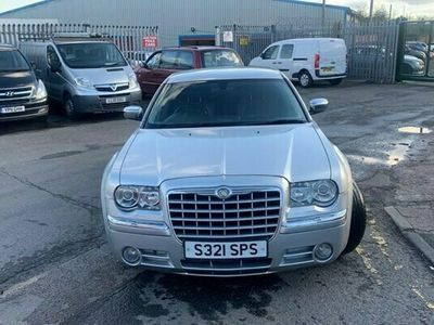 used Chrysler 300C 3.0 CRD 5d 215 BHP CD PLAYER WITH FM RADIO