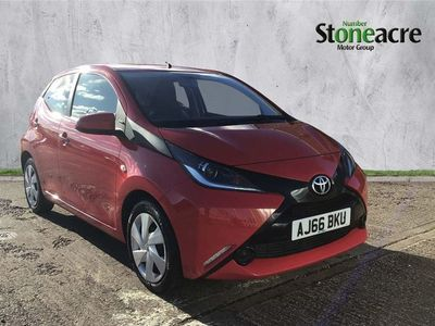 used Toyota Aygo 1.0 VVT-i x-play Hatchback 5dr Petrol (68 ps)