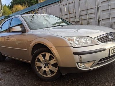 used Ford Mondeo 2.0 Zetec 4dr