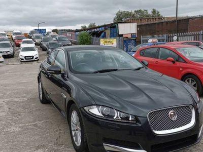 used Jaguar XF 2.2 D SE BUSINESS 4d 163 BHP 20TAX+PARKING SENSORS+MEDIA+AUX+DAB
