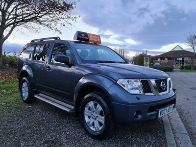 used Nissan Pathfinder Station Wagon 2.5 dCi Sport 5d