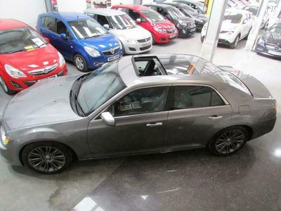 used Chrysler 300C 3.0 CRD Executive 4dr